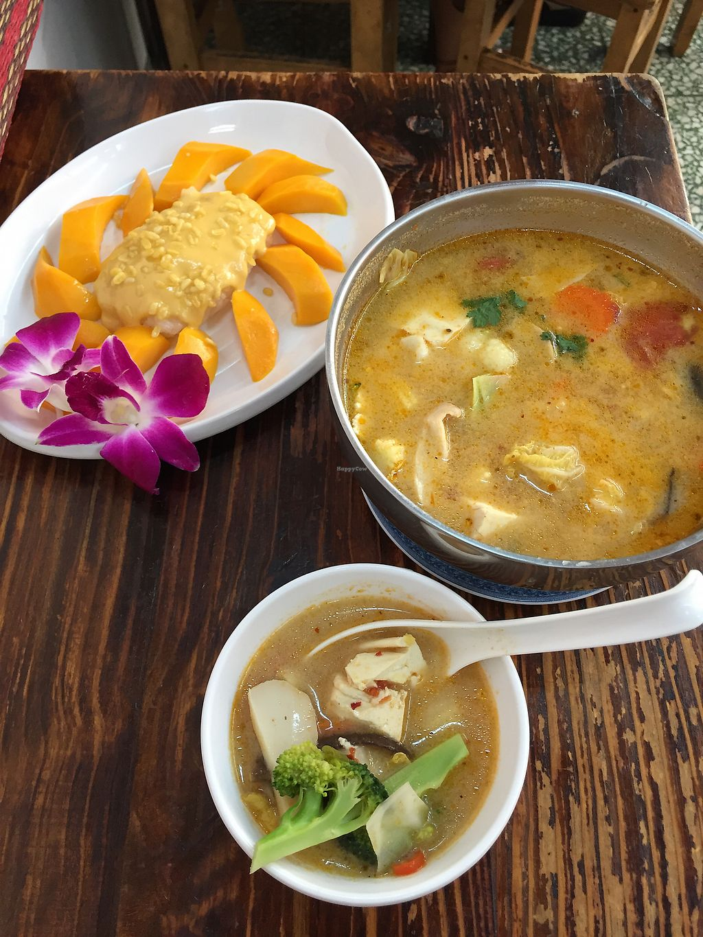 "Photo of Thai Vegetarian Food  by <a href=""/members/profile/Aliwg"">Aliwg</a> <br/>Mango sticky rice dessert and tom yum soup <br/> April 4, 2018  - <a href='/contact/abuse/image/52173/380500'>Report</a>"