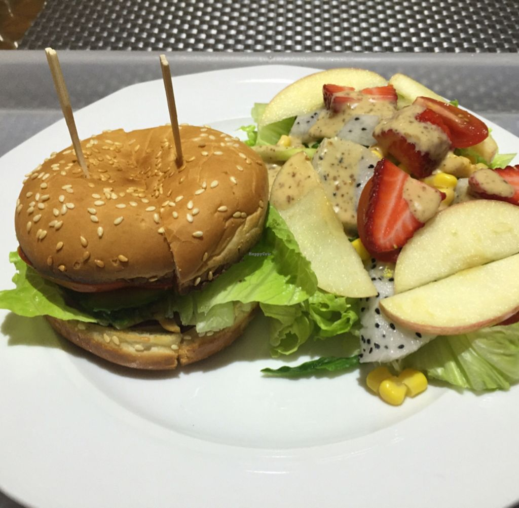 "Photo of Vegetarian Kitchen at Dickson Yoga  by <a href=""/members/profile/Emsee"">Emsee</a> <br/>mushroom burger and fruit / veg salad <br/> November 4, 2015  - <a href='/contact/abuse/image/52179/123902'>Report</a>"