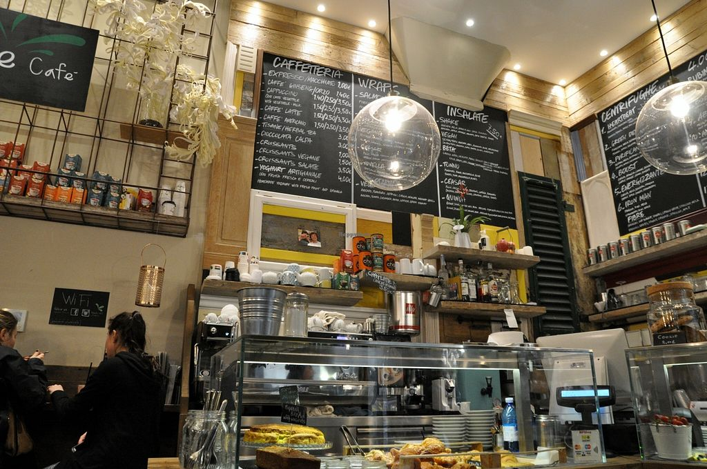 """Photo of Shake Cafe - Degli Avelli  by <a href=""""/members/profile/AvigailTurner"""">AvigailTurner</a> <br/>The inside of the one on Via Del Corso  <br/> March 30, 2016  - <a href='/contact/abuse/image/52235/141983'>Report</a>"""