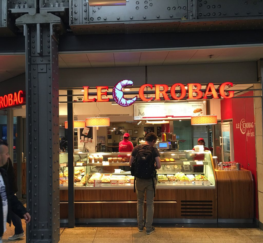 """Photo of Le Crobag  by <a href=""""/members/profile/marky_mark"""">marky_mark</a> <br/>store front <br/> July 13, 2016  - <a href='/contact/abuse/image/52368/159651'>Report</a>"""