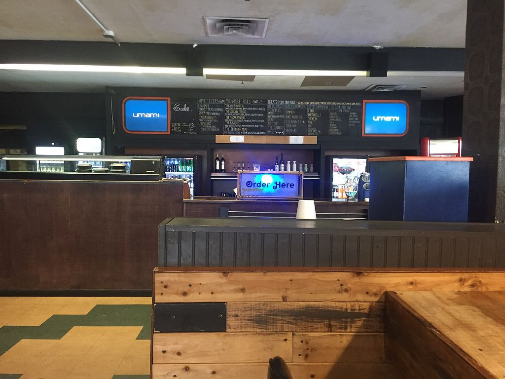 """Photo of Umami Noodle Bar  by <a href=""""/members/profile/Bgeezy"""">Bgeezy</a> <br/>order here <br/> August 10, 2017  - <a href='/contact/abuse/image/52479/291287'>Report</a>"""