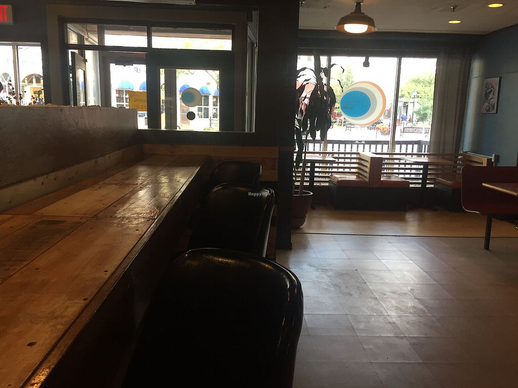 """Photo of Umami Noodle Bar  by <a href=""""/members/profile/Bgeezy"""">Bgeezy</a> <br/>bar seating view <br/> August 10, 2017  - <a href='/contact/abuse/image/52479/291289'>Report</a>"""