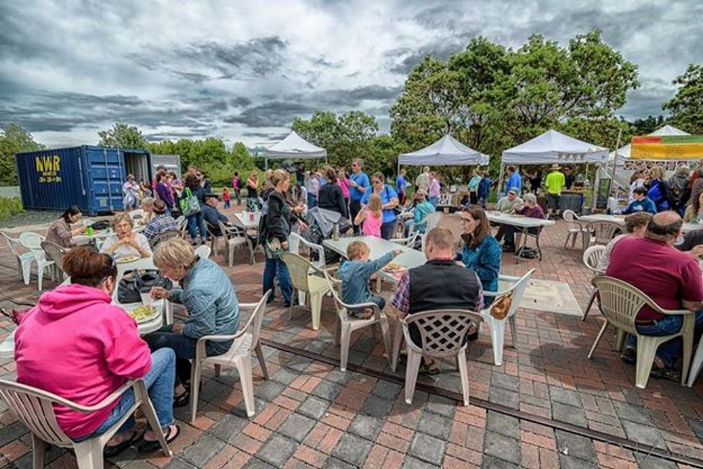 "Photo of Anacortes Farmers Market  by <a href=""/members/profile/community"">community</a> <br/>Anacortes Farmers Market <br/> October 26, 2014  - <a href='/contact/abuse/image/52554/83988'>Report</a>"