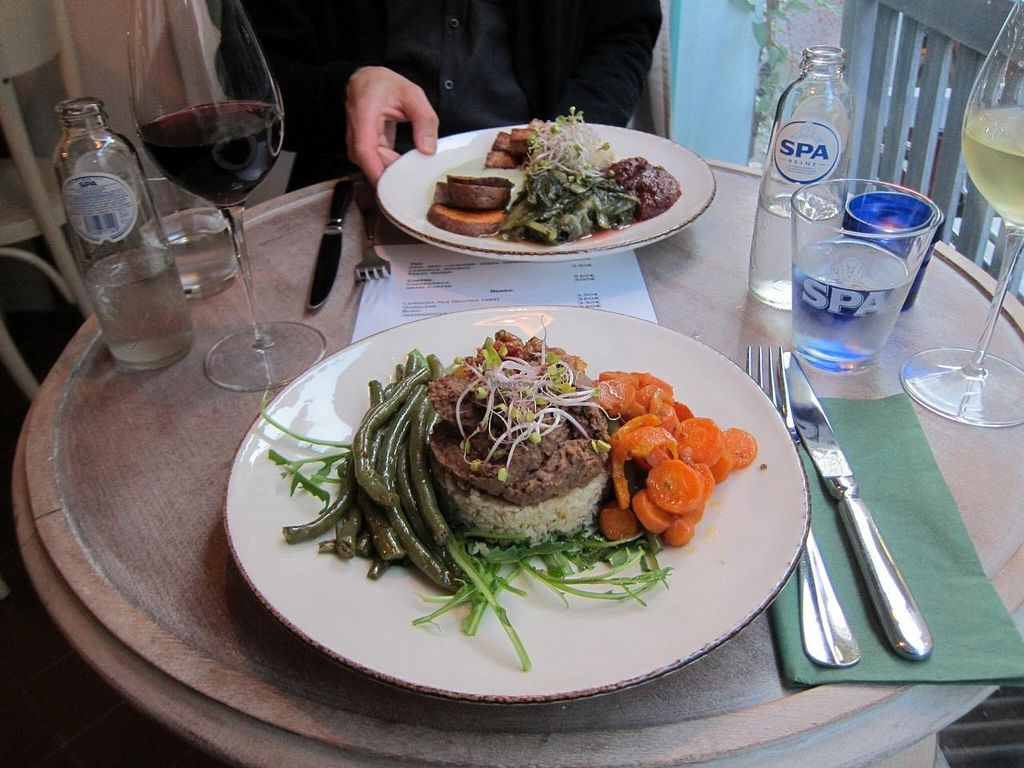 """Photo of Bites and Wines  by <a href=""""/members/profile/clark"""">clark</a> <br/>So delicious! <br/> June 14, 2015  - <a href='/contact/abuse/image/52562/105998'>Report</a>"""