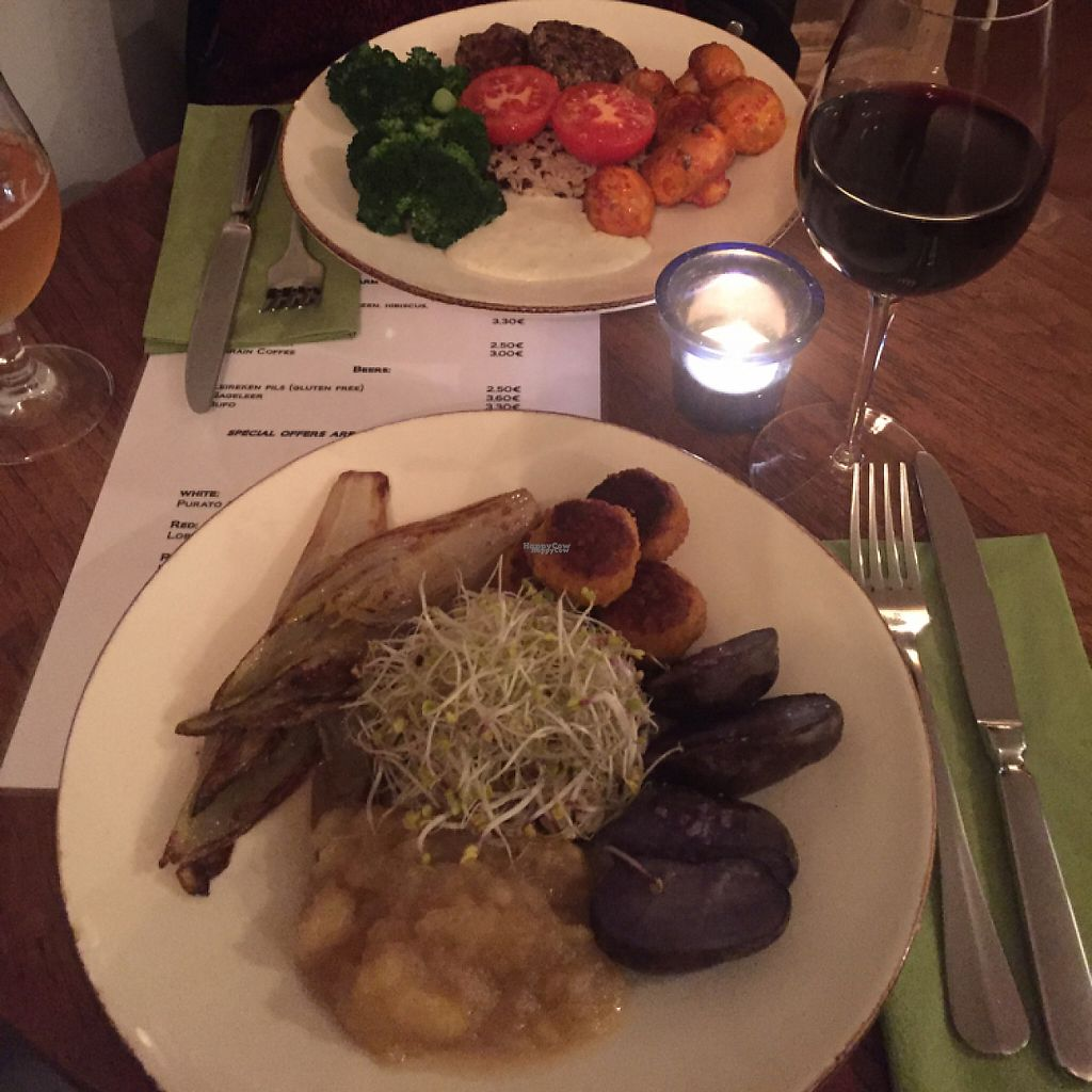 """Photo of Bites and Wines  by <a href=""""/members/profile/Ninadejong"""">Ninadejong</a> <br/>chickpea balls and tofu bean burger, SO good <br/> December 1, 2016  - <a href='/contact/abuse/image/52562/196096'>Report</a>"""
