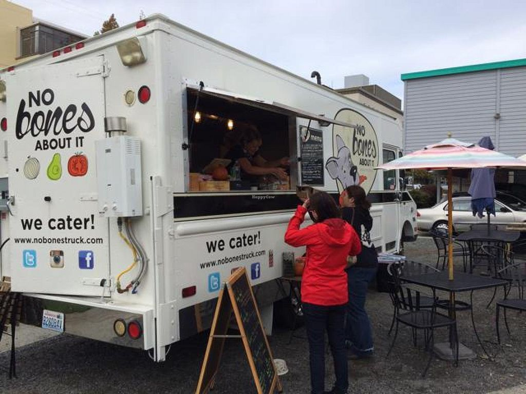 """Photo of CLOSED: No Bones About It - Food Truck  by <a href=""""/members/profile/axis777"""">axis777</a> <br/>The No Bones truck <br/> October 28, 2014  - <a href='/contact/abuse/image/52569/84152'>Report</a>"""