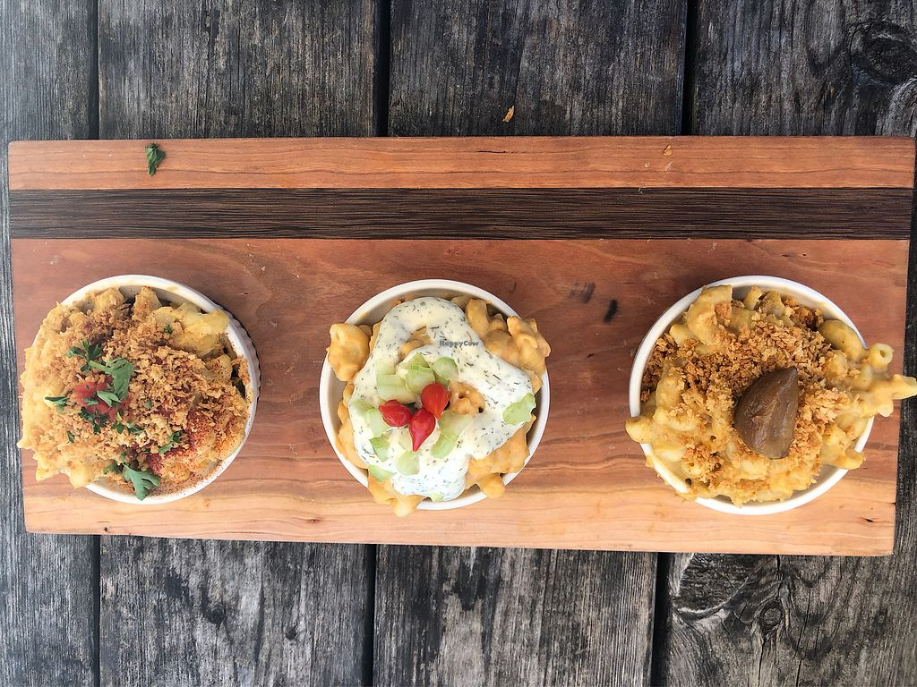 """Photo of Dixie Dharma - Market on South  by <a href=""""/members/profile/Meepz"""">Meepz</a> <br/>Mac and cheese flight (original, buffalo, garlic) <br/> April 23, 2018  - <a href='/contact/abuse/image/52602/390034'>Report</a>"""