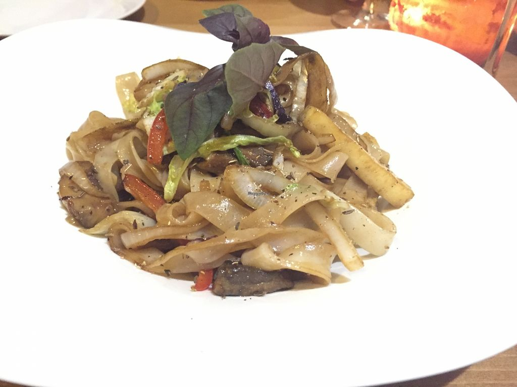"""Photo of CLOSED: La Golondrina  by <a href=""""/members/profile/Littlething"""">Littlething</a> <br/>Wok <br/> November 16, 2015  - <a href='/contact/abuse/image/52670/125136'>Report</a>"""