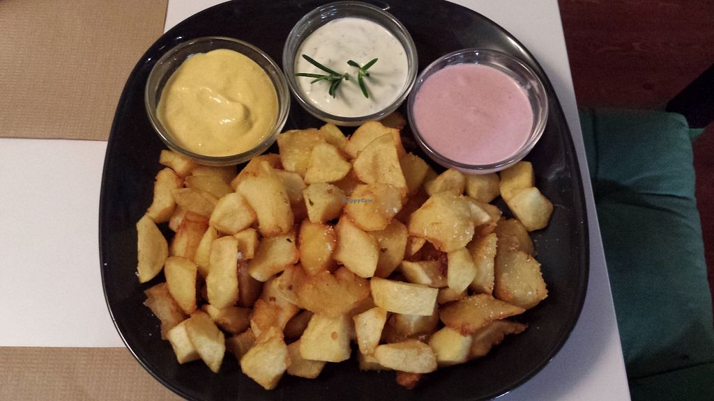 """Photo of Brotes Verdes  by <a href=""""/members/profile/NievesR"""">NievesR</a> <br/>Chips with three sauces Patatas tres salsas <br/> May 17, 2016  - <a href='/contact/abuse/image/52695/149489'>Report</a>"""