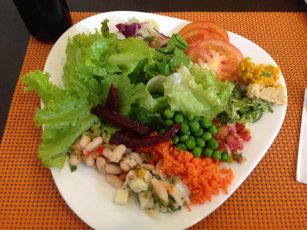 """Photo of Natural Jardim  by <a href=""""/members/profile/Paolla"""">Paolla</a> <br/>Some of the options of the salad buffet <br/> February 18, 2015  - <a href='/contact/abuse/image/52794/93439'>Report</a>"""