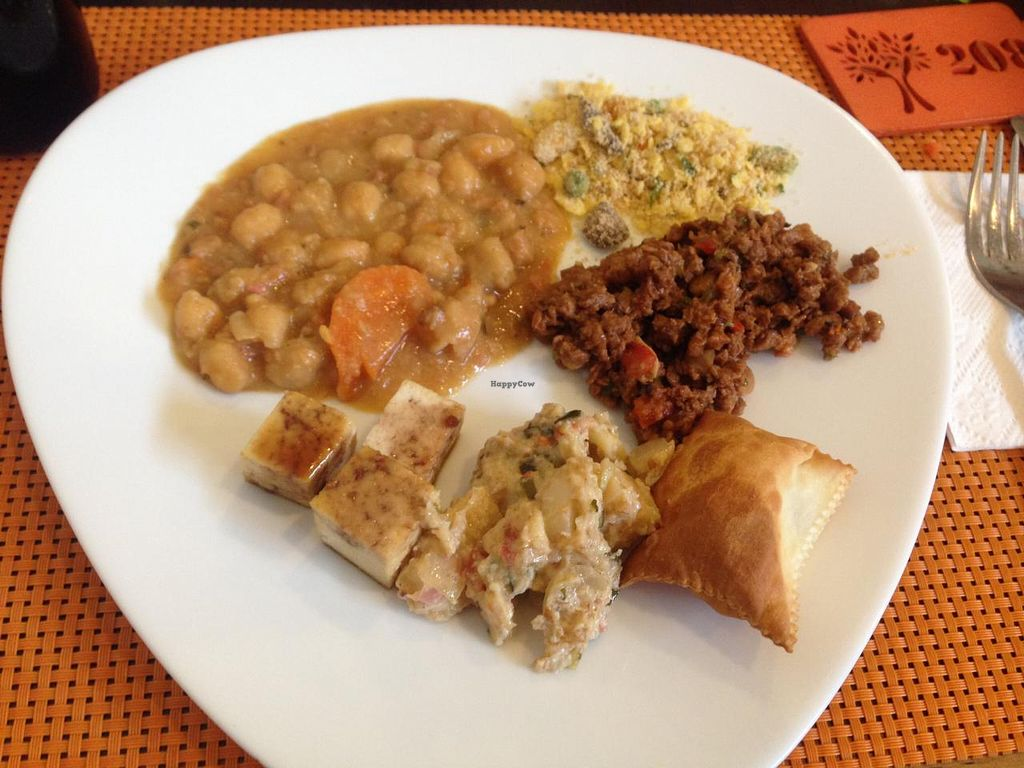"""Photo of Natural Jardim  by <a href=""""/members/profile/Paolla"""">Paolla</a> <br/>Some of the hot dishes options <br/> February 18, 2015  - <a href='/contact/abuse/image/52794/93440'>Report</a>"""