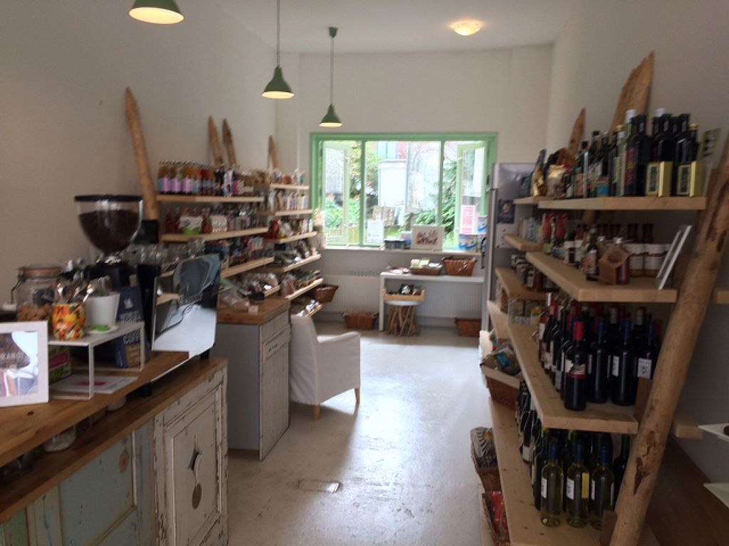 """Photo of Bio Bodega  by <a href=""""/members/profile/Marianne1967"""">Marianne1967</a> <br/>shop <br/> August 12, 2015  - <a href='/contact/abuse/image/52831/113258'>Report</a>"""