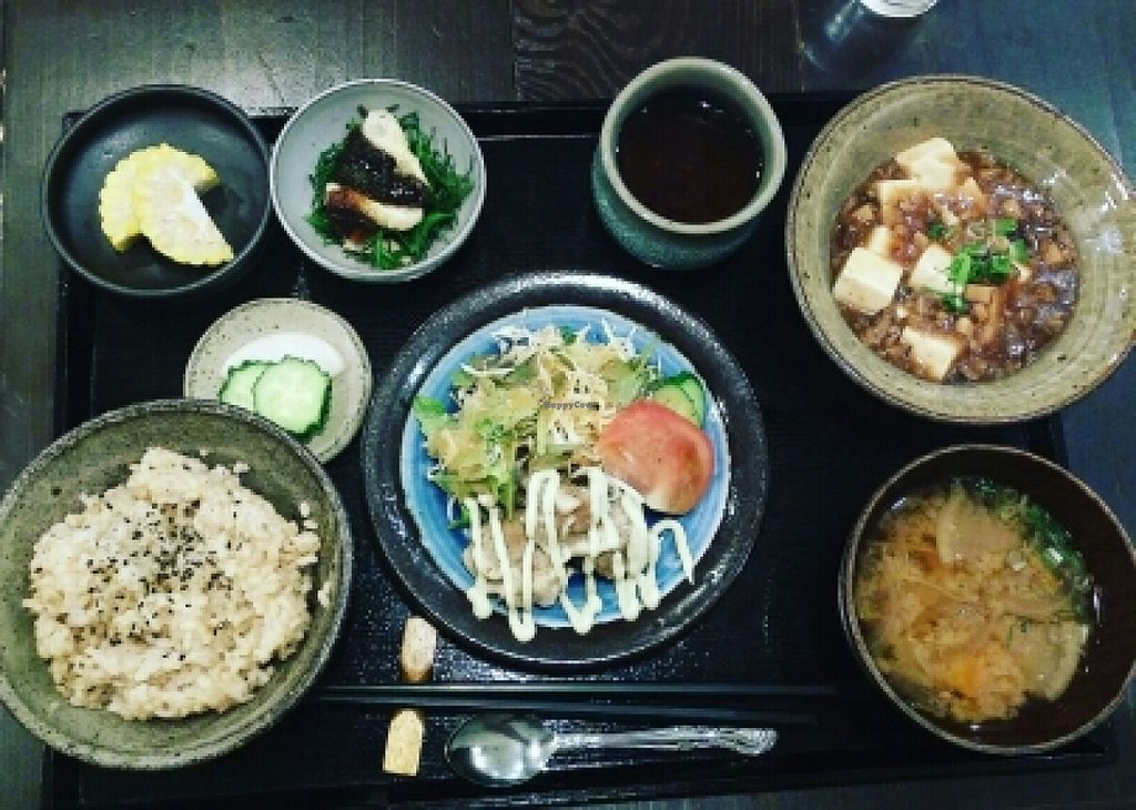 """Photo of Lindou  by <a href=""""/members/profile/AdamGrahhs"""">AdamGrahhs</a> <br/>a whole and extremely delicious meal <br/> June 30, 2016  - <a href='/contact/abuse/image/52927/156908'>Report</a>"""