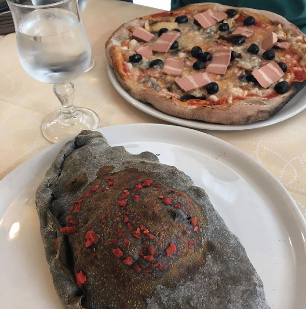 """Photo of Pizzeria Ristorante il Papiro  by <a href=""""/members/profile/RomaDhanani"""">RomaDhanani</a> <br/>veganspeck pizza and """"calzone2"""" with the charcoal dough! <br/> February 24, 2017  - <a href='/contact/abuse/image/53017/230061'>Report</a>"""