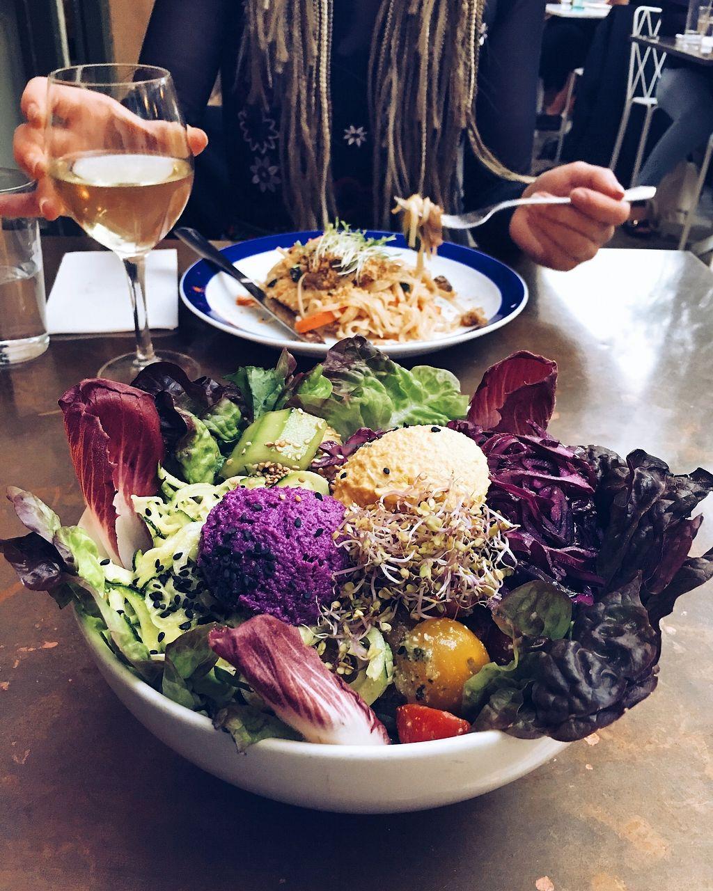"Photo of Flax & Kale - Placa Castella  by <a href=""/members/profile/Sara_Aurora"">Sara_Aurora</a> <br/>Salad bowl. Yuuum! <br/> August 13, 2017  - <a href='/contact/abuse/image/53077/292415'>Report</a>"
