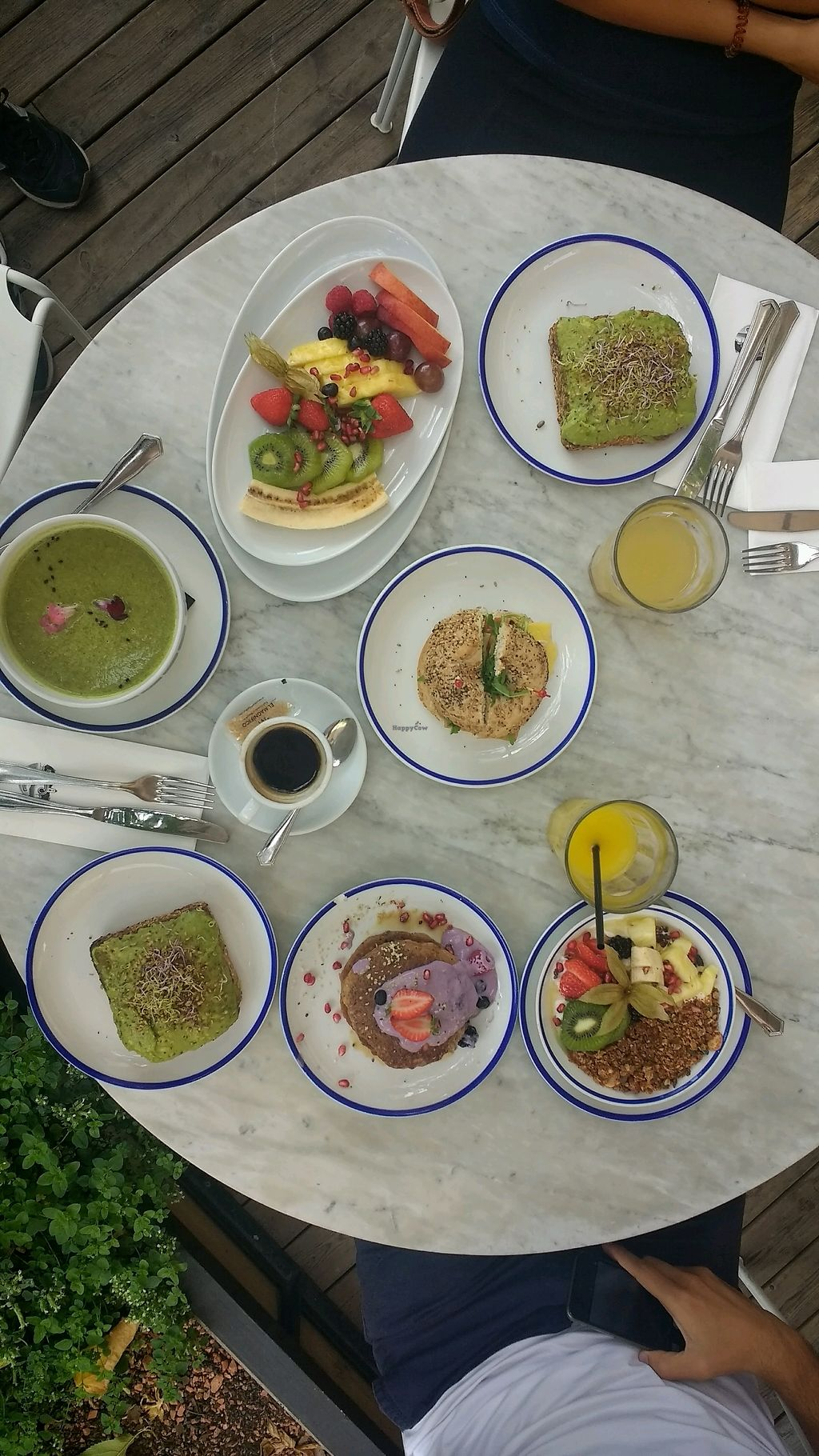 """Photo of Flax & Kale - Placa Castella  by <a href=""""/members/profile/Th%C3%A9liseFmkAulait"""">ThéliseFmkAulait</a> <br/>Chia bagel, kale soup, avocado toasts <br/> September 4, 2017  - <a href='/contact/abuse/image/53077/300857'>Report</a>"""
