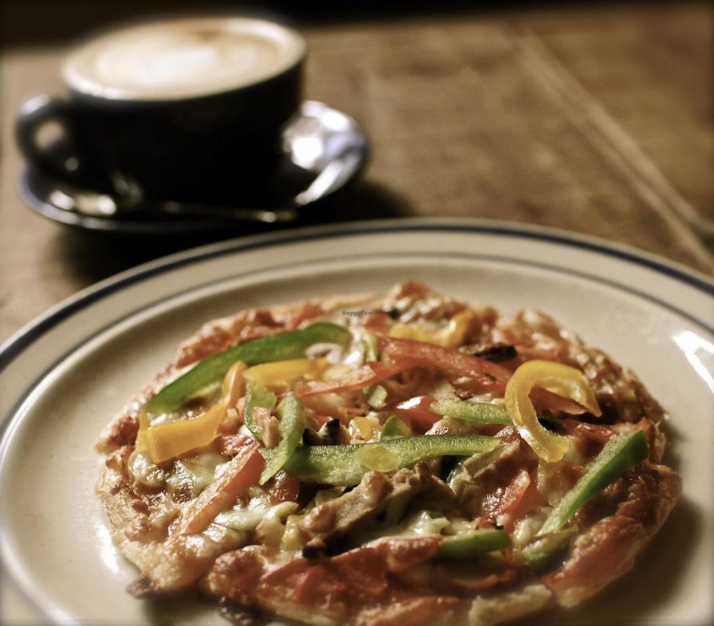 """Photo of CLOSED: Einstein Cafe  by <a href=""""/members/profile/sean28"""">sean28</a> <br/>four season pizza with crunchy base <br/> November 22, 2014  - <a href='/contact/abuse/image/53125/86254'>Report</a>"""