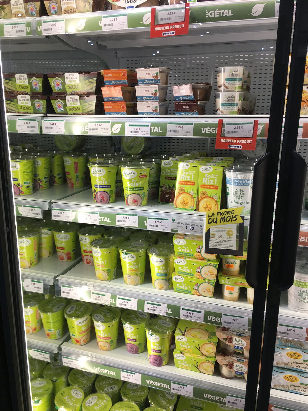 """Photo of Biocoop L'Onde Bio  by <a href=""""/members/profile/Siup"""" class=""""title__title"""">Siup</a> <br/>Vegan yogurt  <br/> July 26, 2018  - <a href='/contact/abuse/image/53399/438488'>Report</a>"""