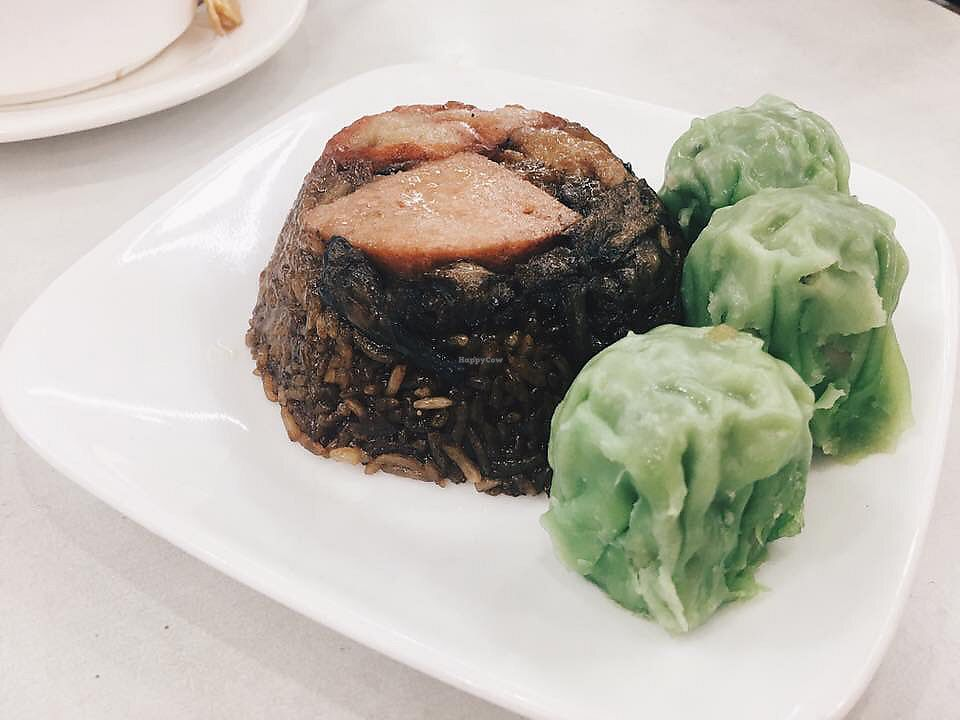 """Photo of Onn Vegetarian  by <a href=""""/members/profile/CherylQuincy"""">CherylQuincy</a> <br/>Lor Mai gai and green siew Mai  <br/> January 18, 2018  - <a href='/contact/abuse/image/53410/347834'>Report</a>"""