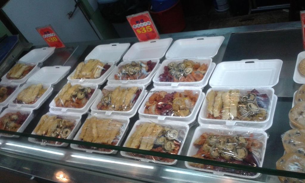 """Photo of So Yuen Tsai Bun Dim - Vegetable Garden Vegetarian Foods  by <a href=""""/members/profile/Stevie"""">Stevie</a> <br/>Take away counter <br/> April 20, 2015  - <a href='/contact/abuse/image/53479/99767'>Report</a>"""