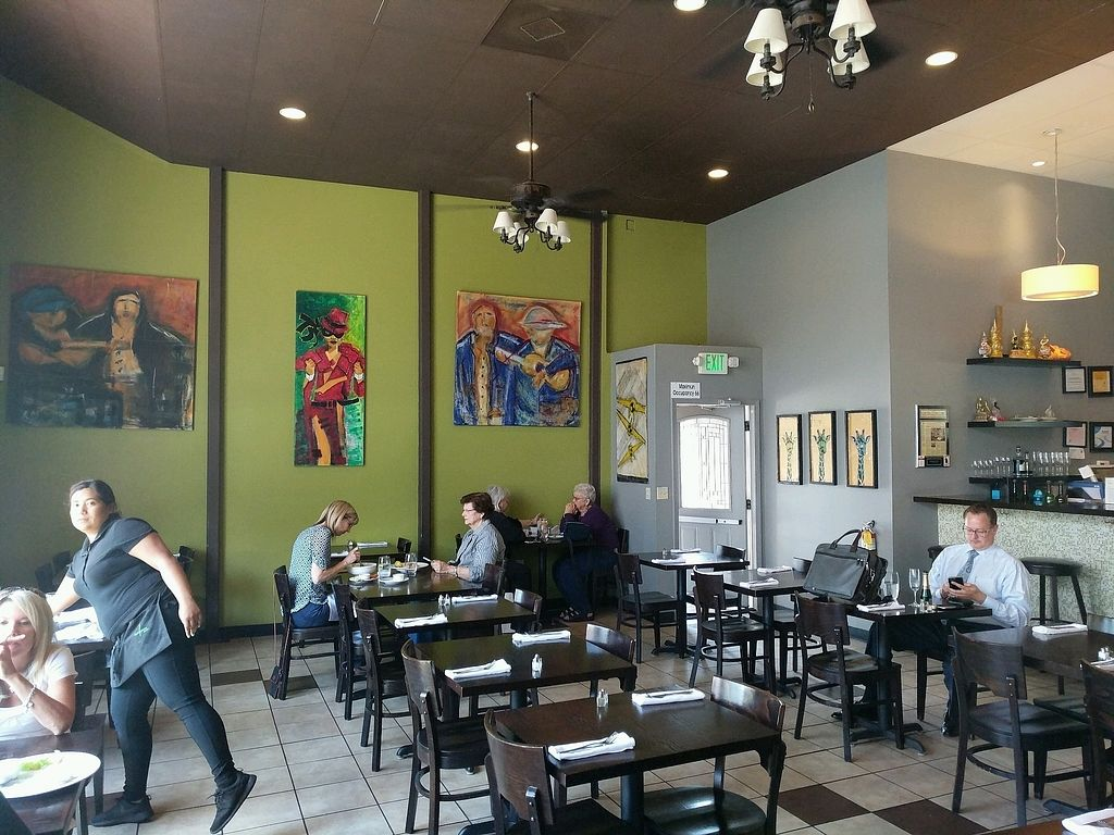 """Photo of Lemongrass Bistro  by <a href=""""/members/profile/RobertfromCalifornia"""">RobertfromCalifornia</a> <br/>inside <br/> August 21, 2017  - <a href='/contact/abuse/image/53581/295348'>Report</a>"""