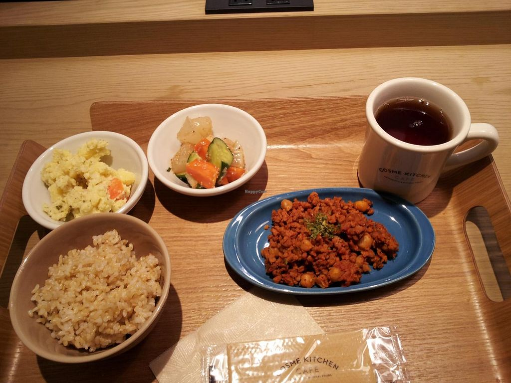 "Photo of Cosme Kitchen Cafe  by <a href=""/members/profile/necius"">necius</a> <br/>Lunch set at Cosme Kitchen Cafe <br/> January 17, 2015  - <a href='/contact/abuse/image/53627/90583'>Report</a>"