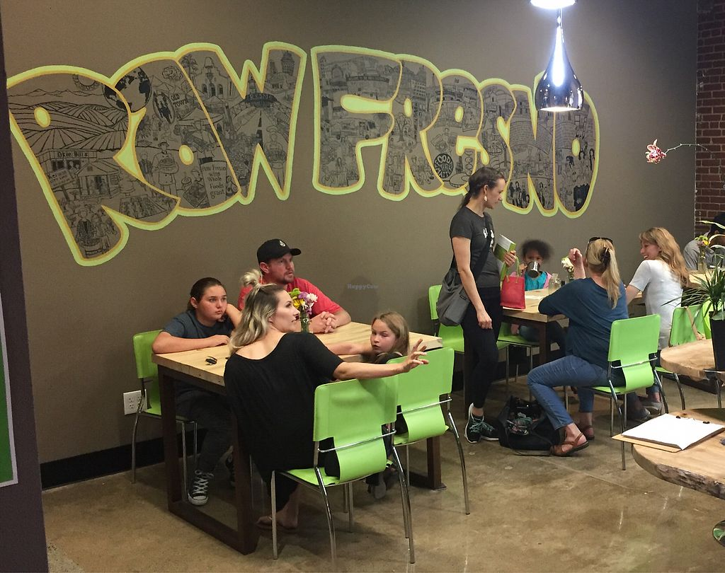 "Photo of Raw Fresno  by <a href=""/members/profile/SFRobbie"">SFRobbie</a> <br/>Seating area plus common area not pictured <br/> April 3, 2018  - <a href='/contact/abuse/image/53709/380040'>Report</a>"