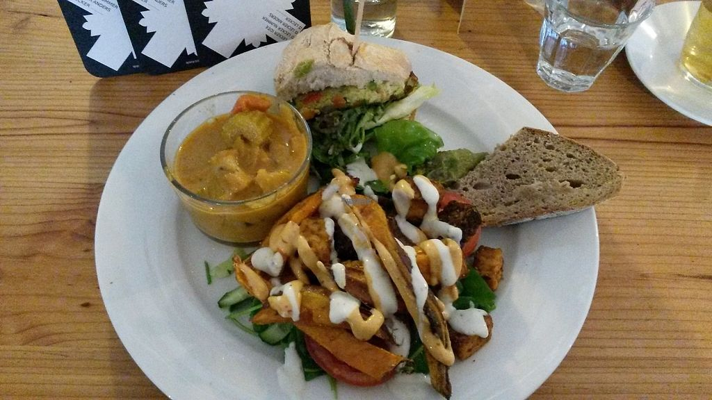 """Photo of GYS  by <a href=""""/members/profile/Eefje"""">Eefje</a> <br/>Small vegan tasting platter: half a burger, bread with guacamole, some 'kapsalon' and a curry <br/> February 8, 2017  - <a href='/contact/abuse/image/53767/224311'>Report</a>"""