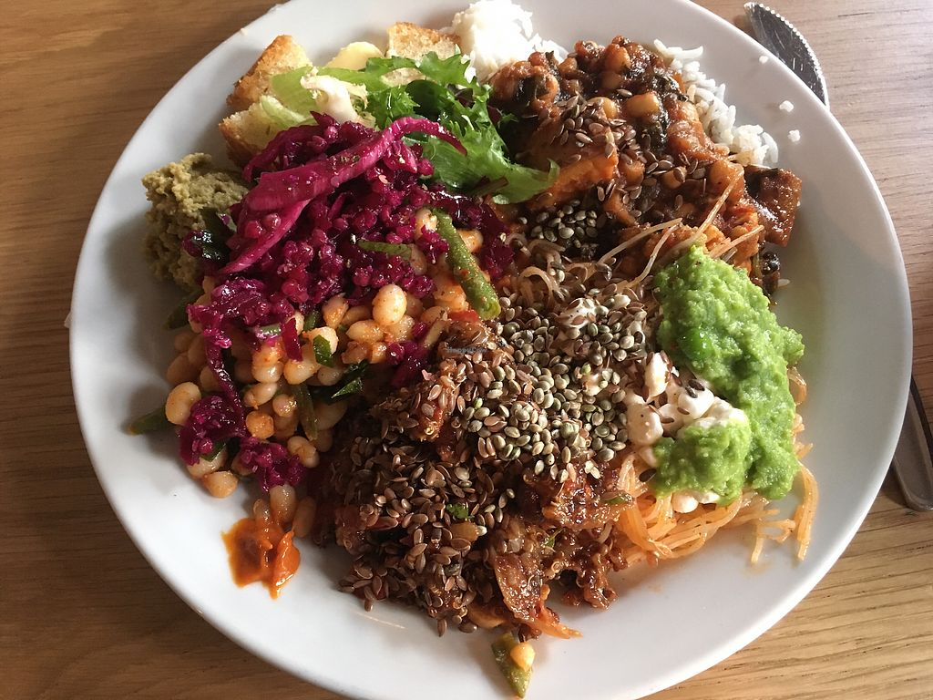 Photo of ONDA  by buffence <br/>Lunch buffet <br/> September 8, 2017  - <a href='/contact/abuse/image/53836/302046'>Report</a>