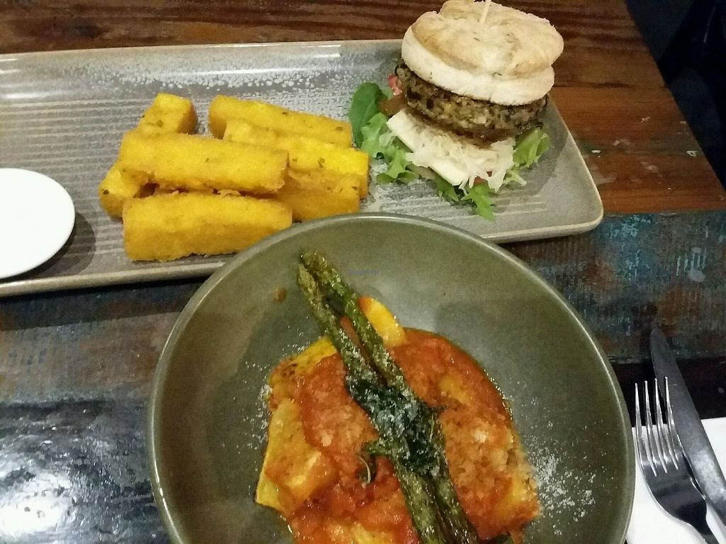 "Photo of Vege Rama - West End  by <a href=""/members/profile/Peanuts"">Peanuts</a> <br/>pasta & burger <br/> April 9, 2018  - <a href='/contact/abuse/image/53850/382720'>Report</a>"