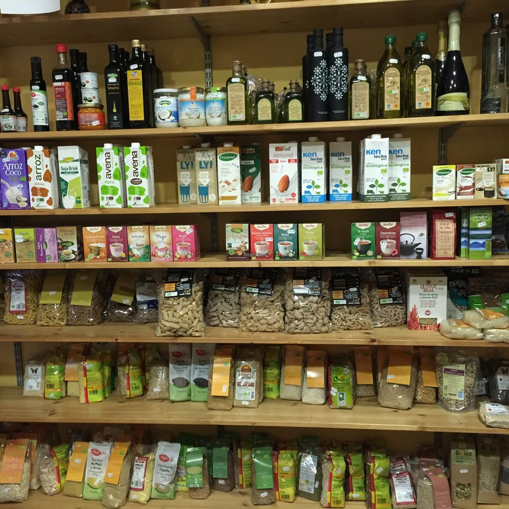 """Photo of CLOSED: Etenoha  by <a href=""""/members/profile/MyVeganJoy"""">MyVeganJoy</a> <br/>good selection of healthy nut mylks <br/> December 15, 2015  - <a href='/contact/abuse/image/53856/128586'>Report</a>"""