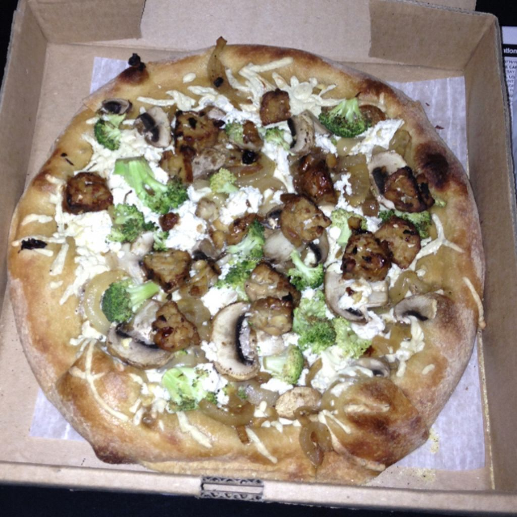 "Photo of Mellow Mushroom  by <a href=""/members/profile/nardanddee"">nardanddee</a> <br/>make your own vegan pizza <br/> December 6, 2015  - <a href='/contact/abuse/image/53881/127474'>Report</a>"