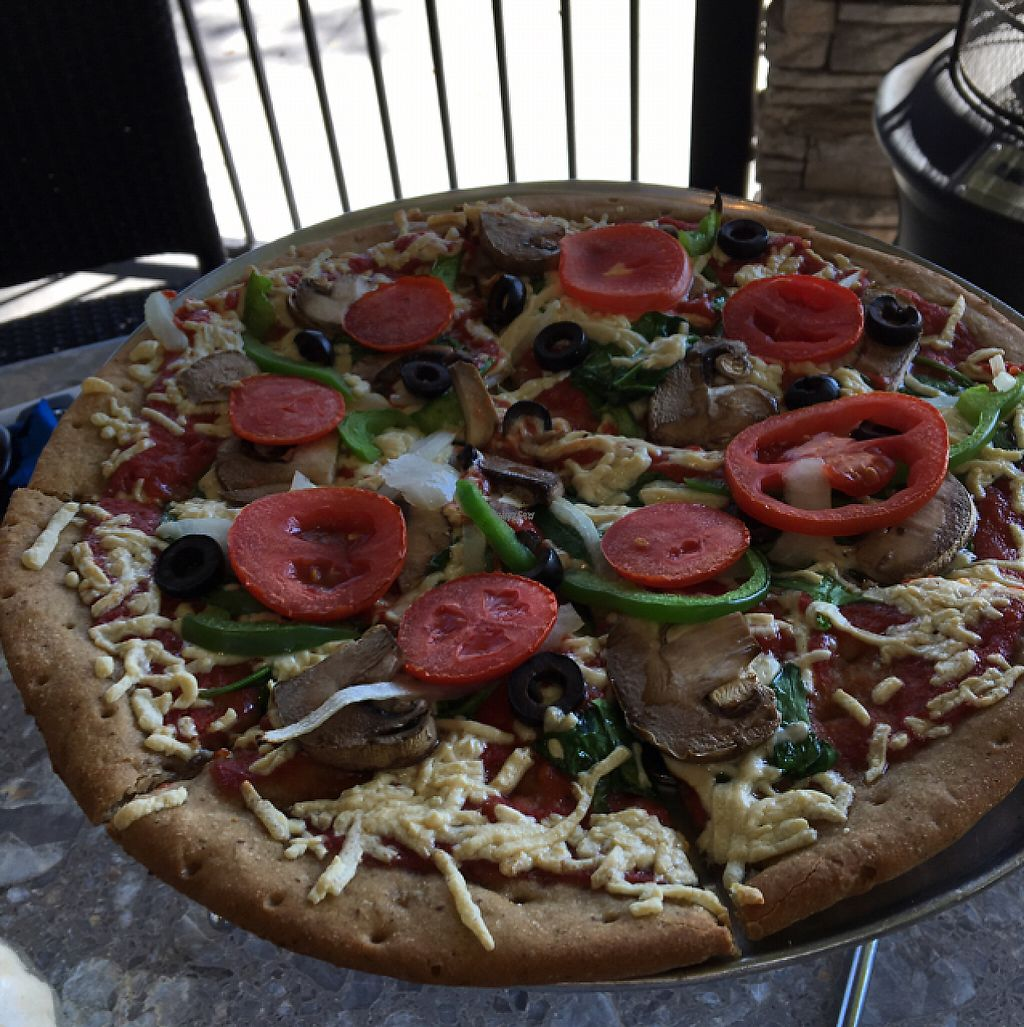 "Photo of Mellow Mushroom  by <a href=""/members/profile/Mpveg"">Mpveg</a> <br/>veg out w daiya and gf crust <br/> February 22, 2017  - <a href='/contact/abuse/image/53881/229208'>Report</a>"