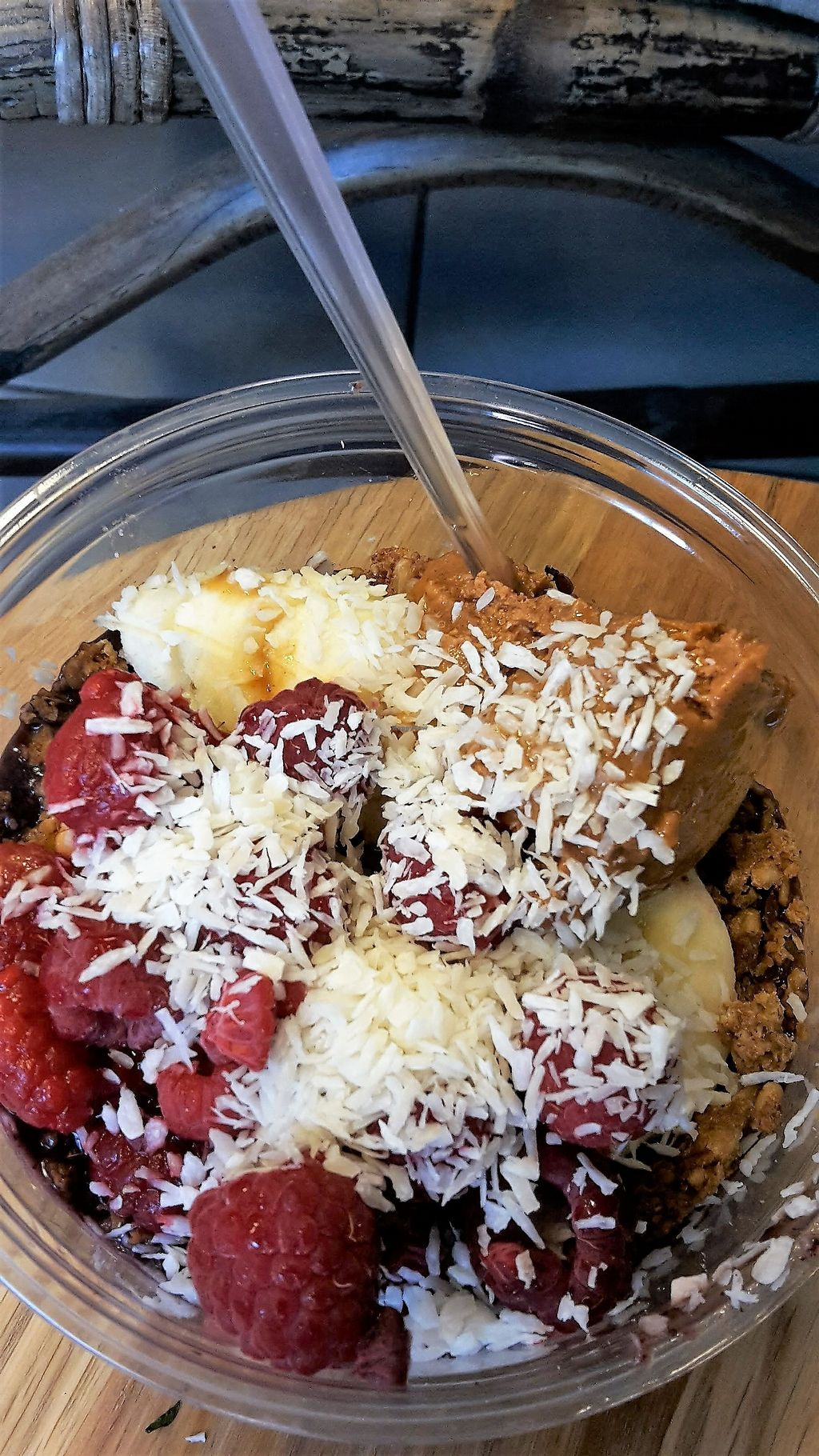 """Photo of Lotta Love  by <a href=""""/members/profile/vegankiwis"""">vegankiwis</a> <br/>""""Classic"""" bowl with acai: Bananas, granola, peanut butter, raspberries and coconut on acai <br/> June 30, 2017  - <a href='/contact/abuse/image/53915/275058'>Report</a>"""