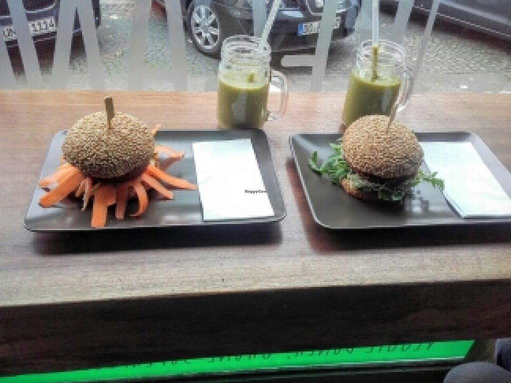 """Photo of CLOSED: Vegansky  by <a href=""""/members/profile/Sillygirl"""">Sillygirl</a> <br/>Very good burgers <br/> June 26, 2016  - <a href='/contact/abuse/image/54029/156181'>Report</a>"""