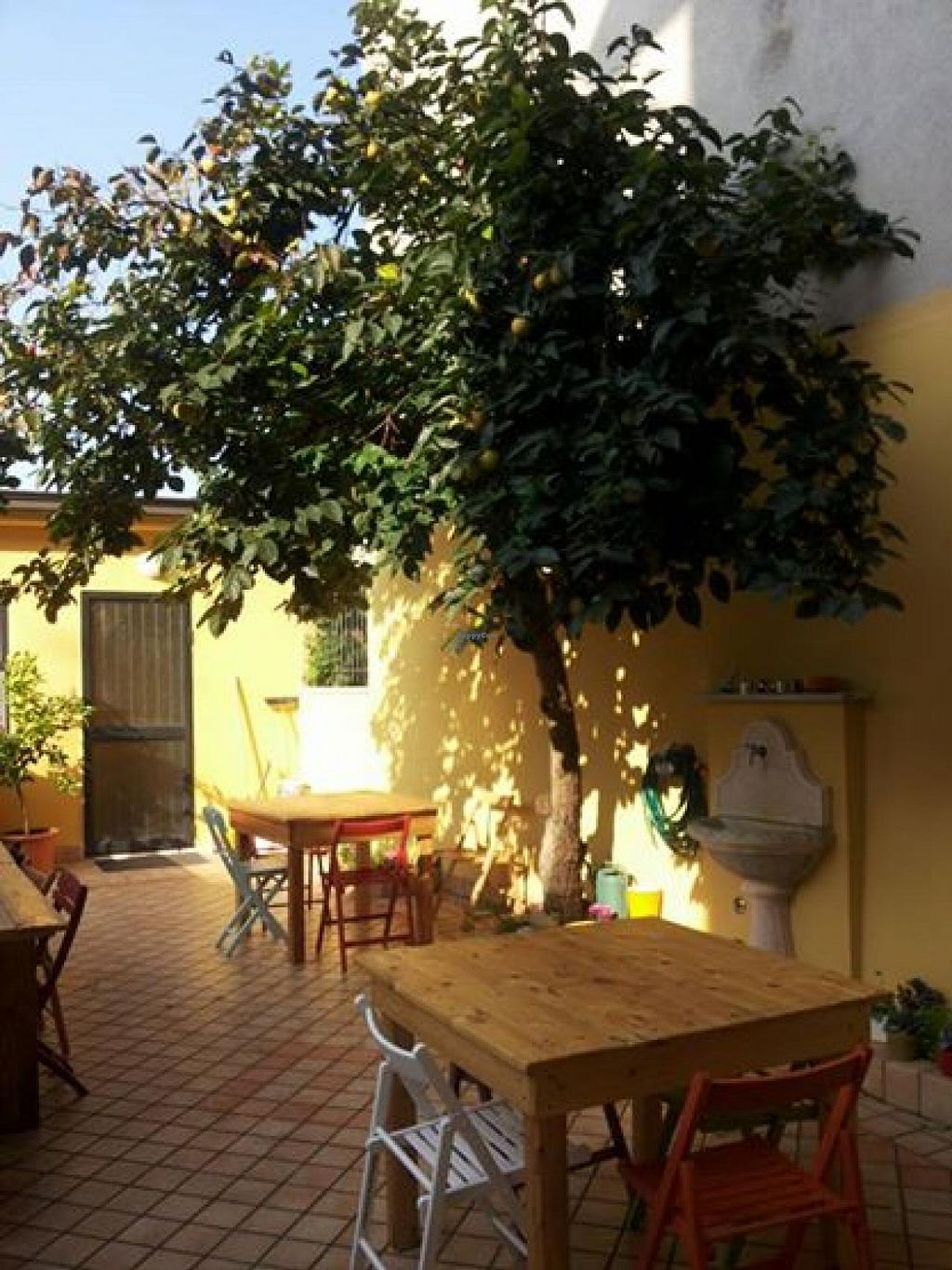 """Photo of CLOSED: Veggy Days Desenzano  by <a href=""""/members/profile/veg-geko"""">veg-geko</a> <br/>Outdoor seating <br/> December 27, 2014  - <a href='/contact/abuse/image/54084/88807'>Report</a>"""
