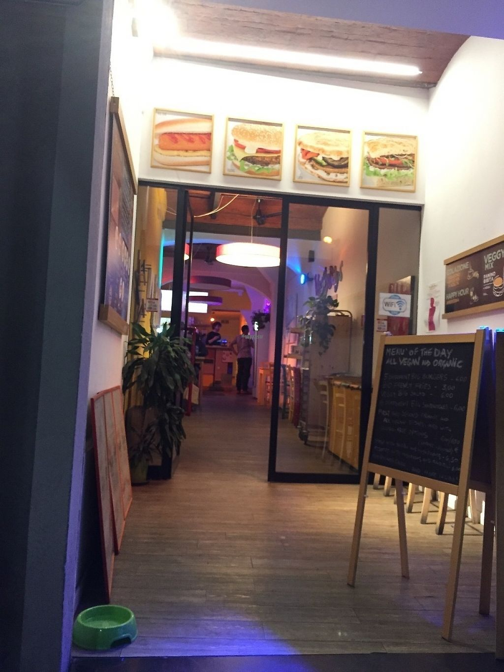 """Photo of Il Vegano - Firenze  by <a href=""""/members/profile/VeganEater2"""">VeganEater2</a> <br/>good food, open through the day, pleasant staff <br/> November 25, 2016  - <a href='/contact/abuse/image/54089/194126'>Report</a>"""