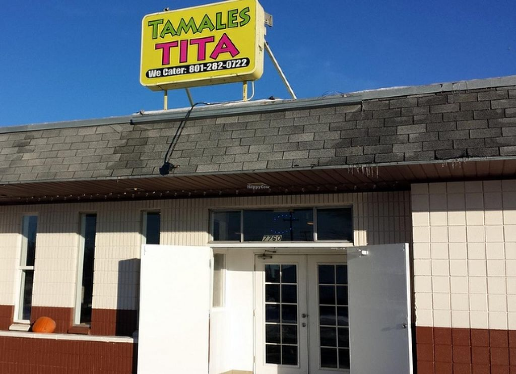 Photo of Tamales Tita  by Navegante <br/>Exterior, Dec 2014 <br/> December 28, 2014  - <a href='/contact/abuse/image/54155/88883'>Report</a>