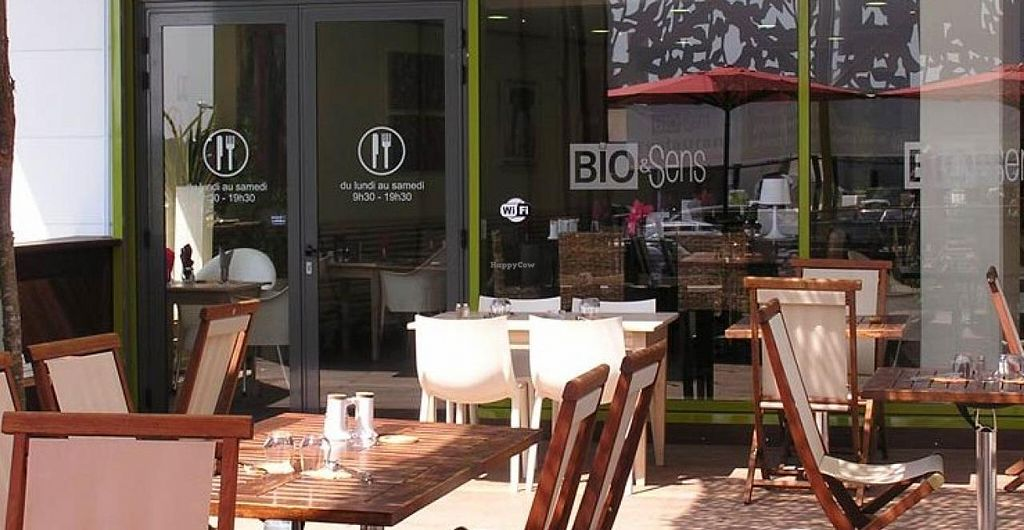 """Photo of Bio et Sens Restaurant  by <a href=""""/members/profile/community"""">community</a> <br/>Bio et Sens <br/> December 31, 2014  - <a href='/contact/abuse/image/54175/89175'>Report</a>"""