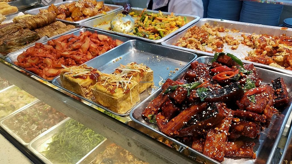 """Photo of Changi Airport T2 - Ba Fang Vegetarian  by <a href=""""/members/profile/eric"""">eric</a> <br/>options <br/> January 17, 2018  - <a href='/contact/abuse/image/54204/347383'>Report</a>"""