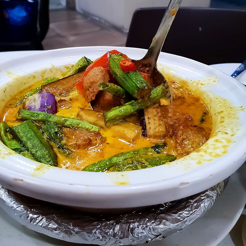 """Photo of Keat Lim Vegetarian  by <a href=""""/members/profile/Sweetveganneko"""">Sweetveganneko</a> <br/>Nonya curry chicken <br/> April 1, 2018  - <a href='/contact/abuse/image/54278/379353'>Report</a>"""