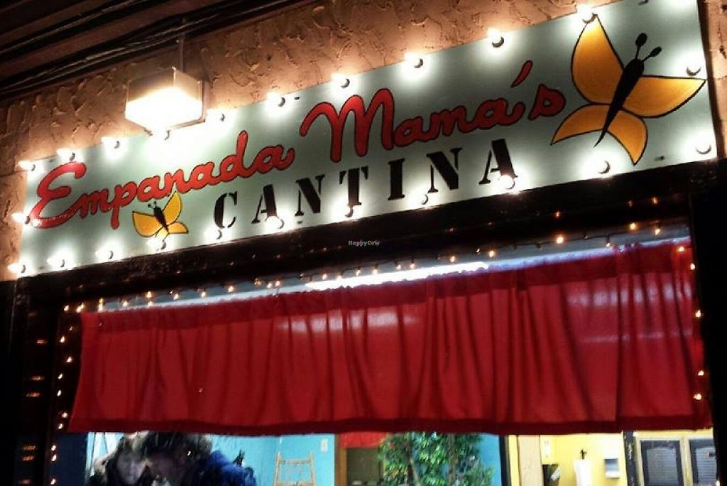 """Photo of Empanada Mama's  by <a href=""""/members/profile/todd%20Land"""">todd Land</a> <br/>Great place and Great People  Empanada Mama's Healty option with Baked Empanada's not fried  <br/> March 30, 2016  - <a href='/contact/abuse/image/54322/208568'>Report</a>"""