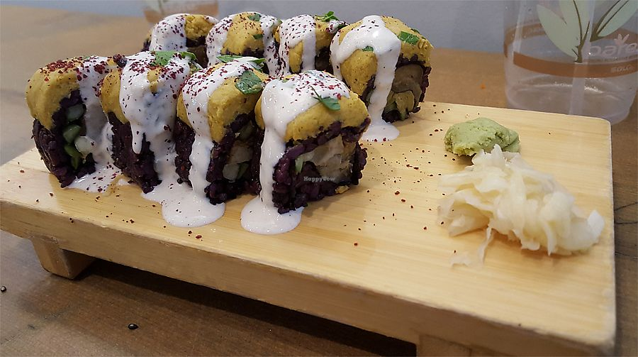 """Photo of Beyond Sushi - Midtown West  by <a href=""""/members/profile/Seiashun"""">Seiashun</a> <br/>Chic Pea <br/> October 14, 2017  - <a href='/contact/abuse/image/54327/315257'>Report</a>"""