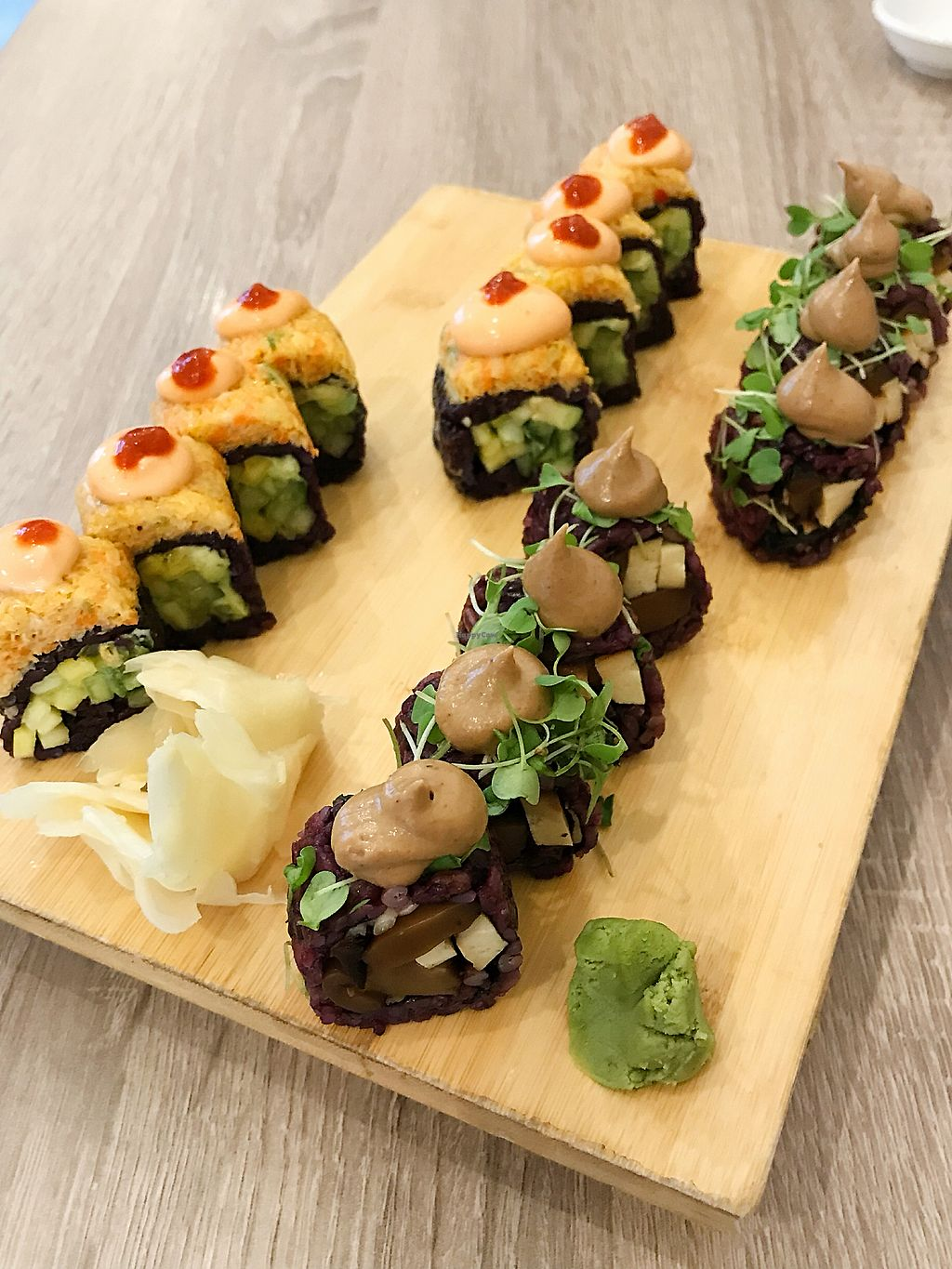 """Photo of Beyond Sushi - Midtown West  by <a href=""""/members/profile/Dimanta"""">Dimanta</a> <br/>Spicy Mang & Mighty Mushroom <br/> March 16, 2018  - <a href='/contact/abuse/image/54327/371412'>Report</a>"""