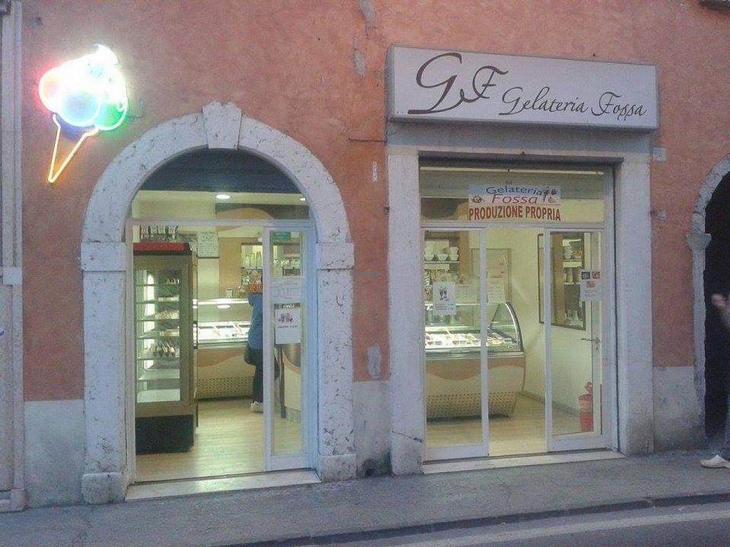"""Photo of Gelateria Fossa  by <a href=""""/members/profile/community"""">community</a> <br/>Gelateria Fossa <br/> April 20, 2015  - <a href='/contact/abuse/image/54330/99745'>Report</a>"""
