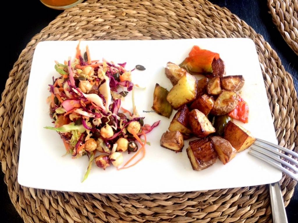"Photo of Cositasricas  by <a href=""/members/profile/photoagency"">photoagency</a> <br/>Two great dishes! Quinoa salad and potatas!  <br/> May 17, 2015  - <a href='/contact/abuse/image/54345/102529'>Report</a>"