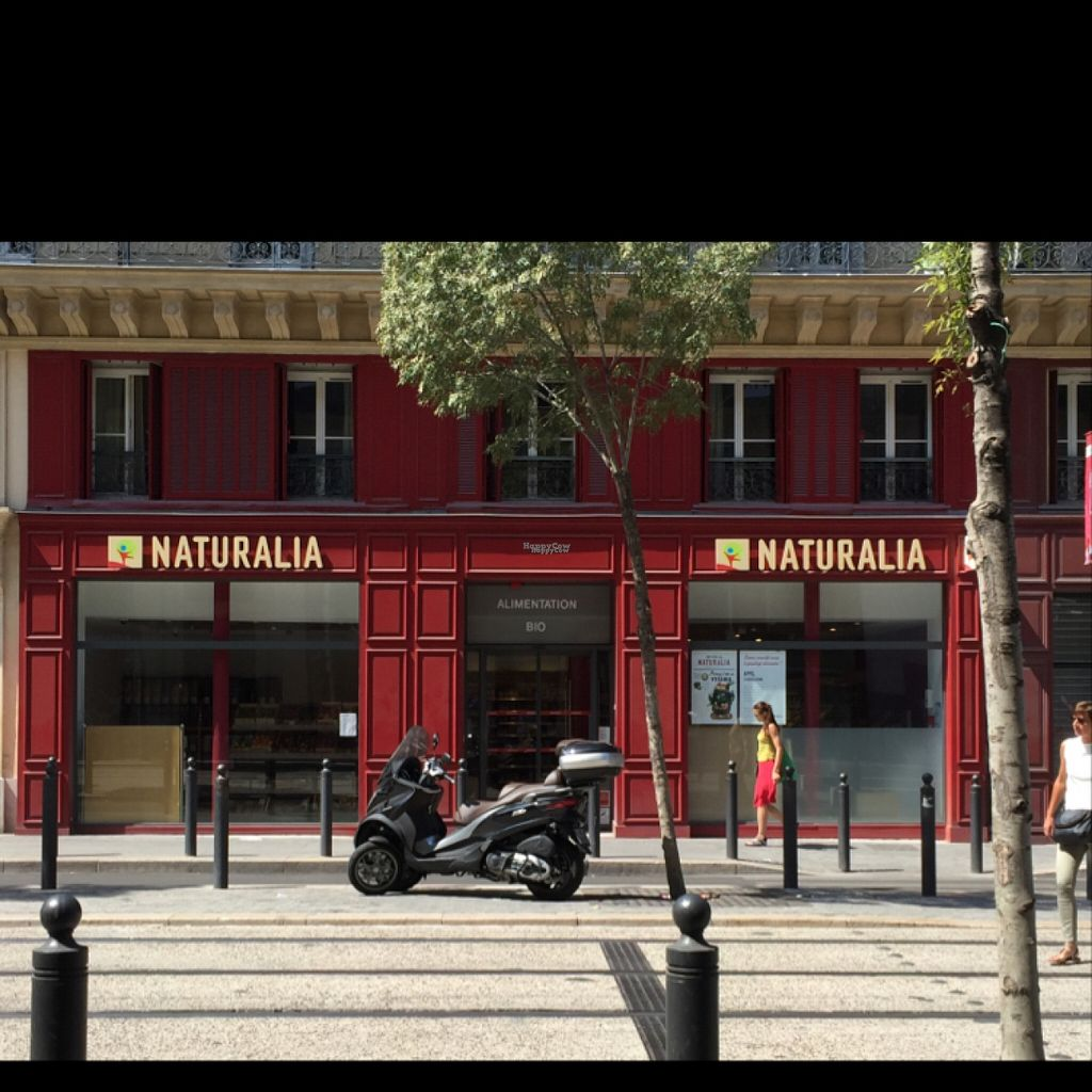 "Photo of Naturalia - Republique  by <a href=""/members/profile/Chris_D"">Chris_D</a> <br/>Shopfront <br/> August 4, 2016  - <a href='/contact/abuse/image/54358/165318'>Report</a>"