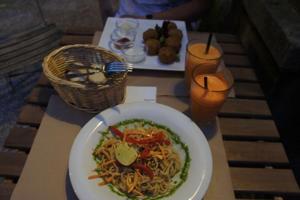 """Photo of Kafe Botanika  by <a href=""""/members/profile/nicolenoe"""">nicolenoe</a> <br/>asian salad, house juice, falafel <br/> July 21, 2016  - <a href='/contact/abuse/image/54380/161412'>Report</a>"""