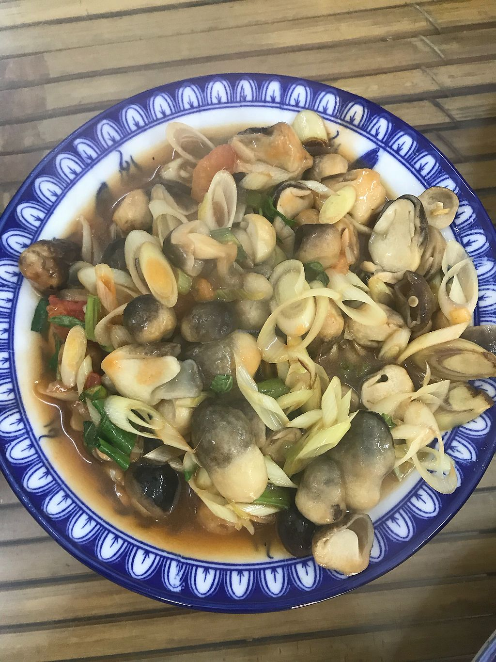 """Photo of Lien Hoa  by <a href=""""/members/profile/T-Bone"""">T-Bone</a> <br/>Mushrooms with lemongrass <br/> January 15, 2018  - <a href='/contact/abuse/image/54382/346869'>Report</a>"""