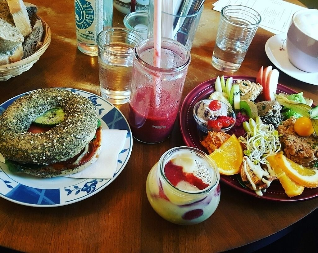 """Photo of Geh Veg  by <a href=""""/members/profile/TheTravellingVegan"""">TheTravellingVegan</a> <br/>(from left to right) bread that comes with the large breakfast, sweet potato bagel, red berry smoothie, chia pudding, large breakfast <br/> February 15, 2017  - <a href='/contact/abuse/image/54502/226980'>Report</a>"""